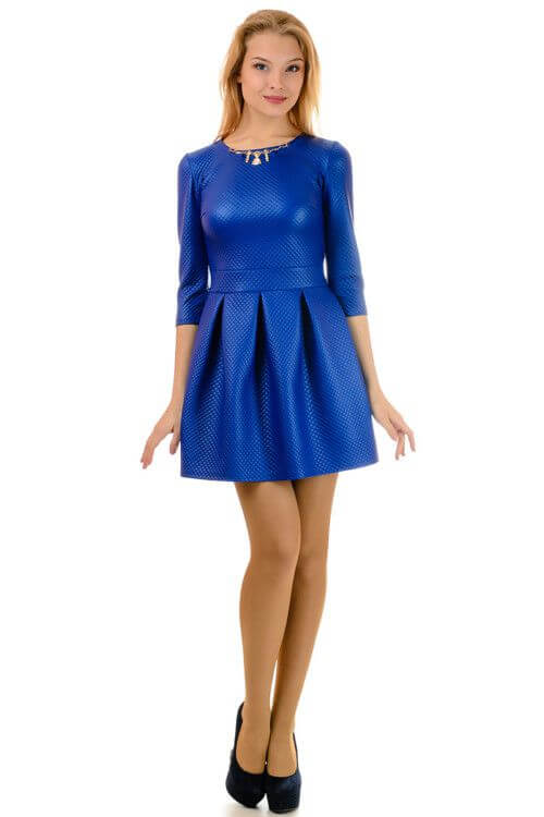 Фото короткое стильное красивое платье синего цвета для девушек